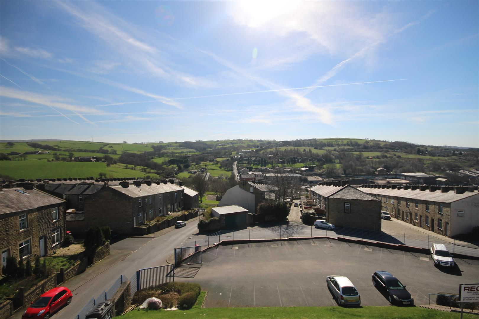 2 bedroom apartment For Sale in Colne - IMG_9537.JPG